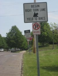 Bike Lane Right Turn